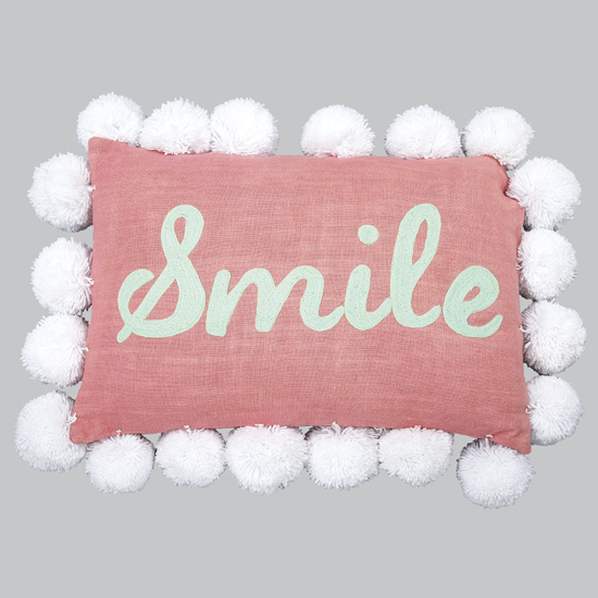 "Pillow Pom Pom ""Smile"" Pink"